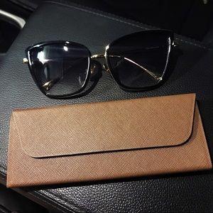 ✨UV Gold Frame Black Cat Eye Sunglasses